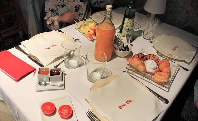 Esmorzar a l'Hotel Urbisol.jpg