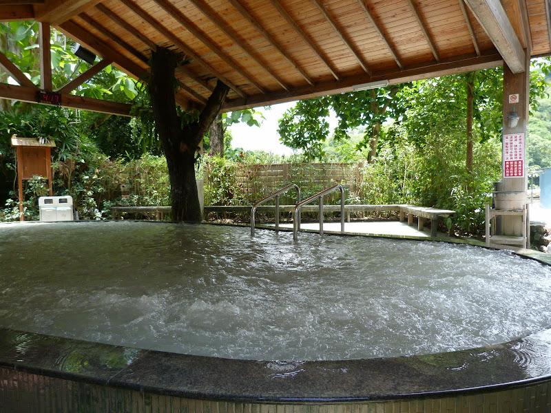 Tainan, sources chaudes de Guanziling .J 5 - P1210027.JPG