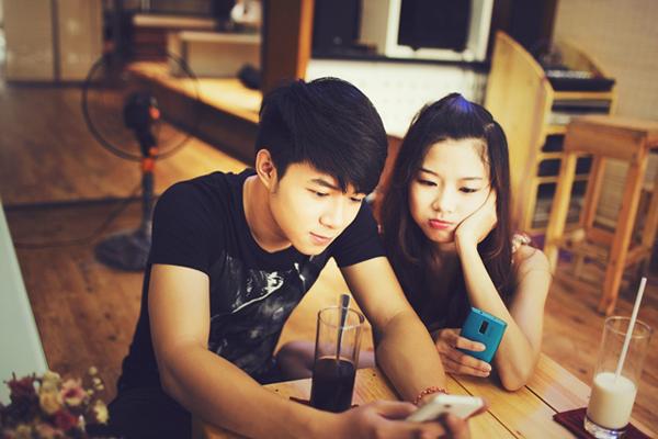 """Cặp đôi """"Hà Nội, em yêu anh"""" sẽ làm đại sứ game! 11"""