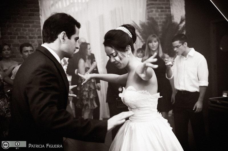 Foto de casamento 2450pb de Nathalia e Fernando. Marcações: 04/12/2010, Casamento Nathalia e Fernando, Niteroi.