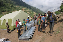 People in Need provides aid in villages in Nepal
