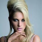 lindos-hair-caught-107.jpg