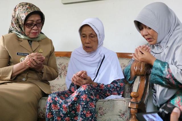 menjadi salah satu calon haji asal Jombang Nenek 107 Tahun Naik Haji, Shalat Tahajud Jadi Rahasia Panjang Umur..