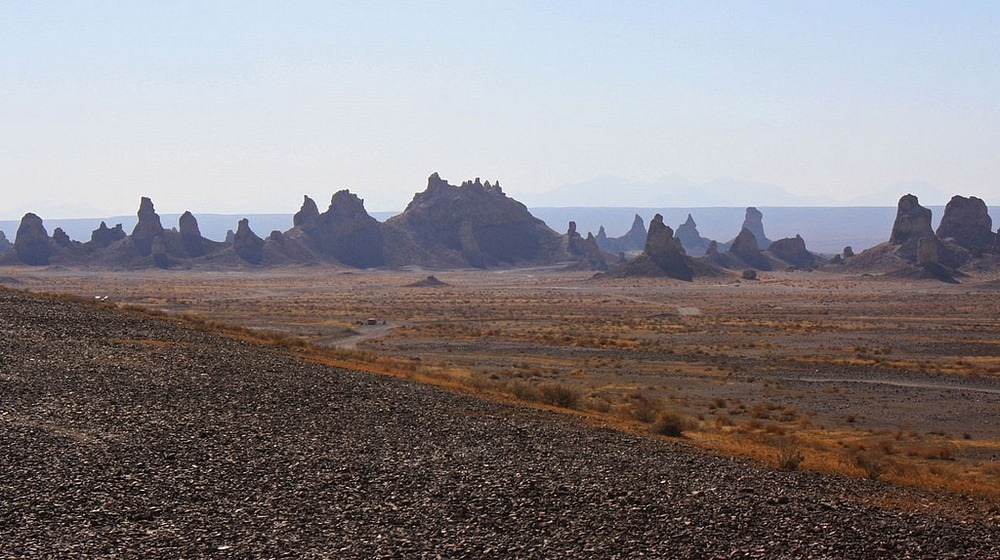 trona-pinnacles-1