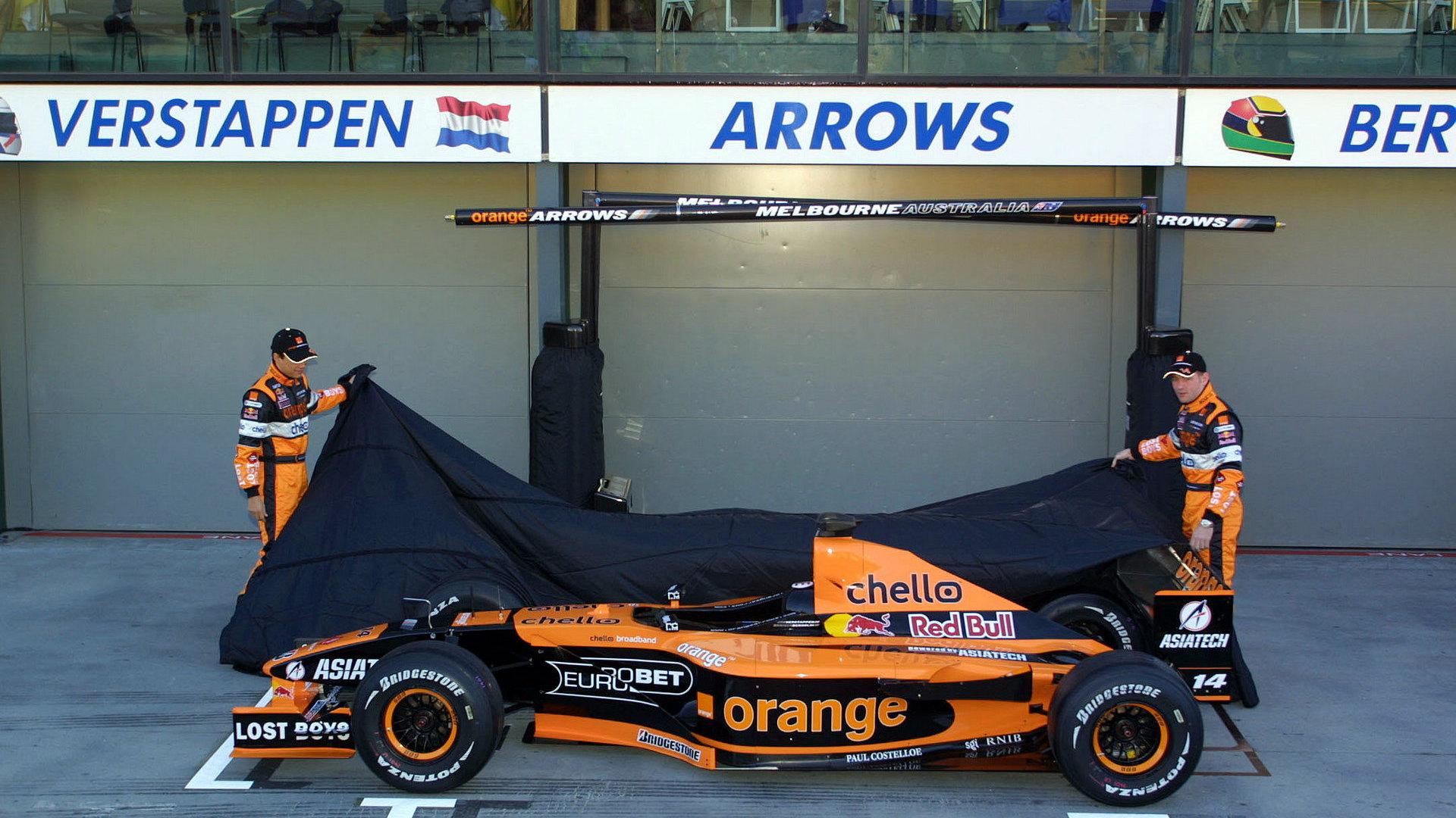 Hd Wallpapers 2005 Formula 1 Car Launches: HD Wallpapers 2001 Formula 1 Car Launches