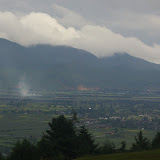 Vue vers le Sud-Est depuis Yulong, 21 août 2010. Photo : J.-M. Gayman