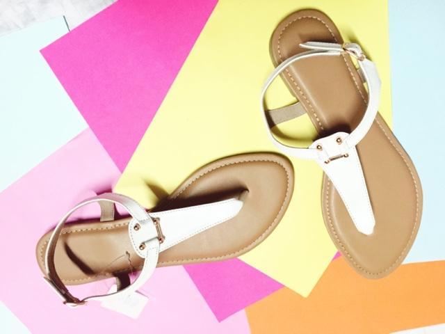 White flat sandal