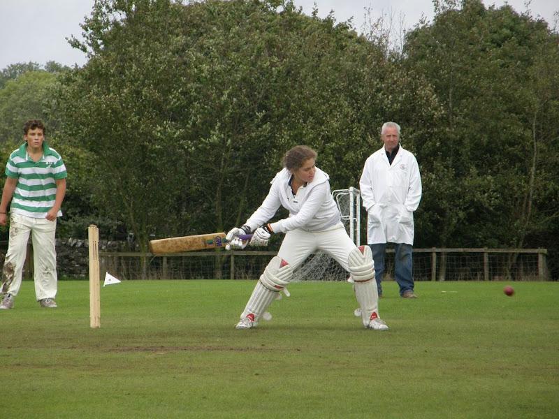 Cricket-Ladies-2010-NS9