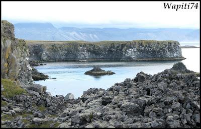 Un tour  d'Islande, au pays du feu... et des eaux. 9-Arnastapi