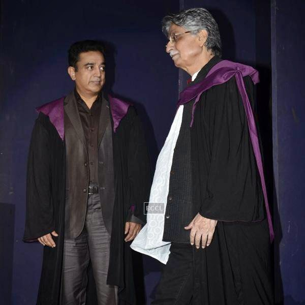 Javed Siddiqui and Kamal Hassan during Whistling Woods International's 7th Annual convocation in Mumbai. (Pic: Viral Bhayani)
