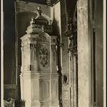 Piec-w-pokoju-Zwierciadlanym-w-zamku-w-Podhorcach-1909.jpg