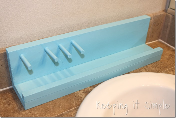 #ad DIY-bathroom-shelf-for-razor-and-beard-trimmer #GiftofPhillips  (25)