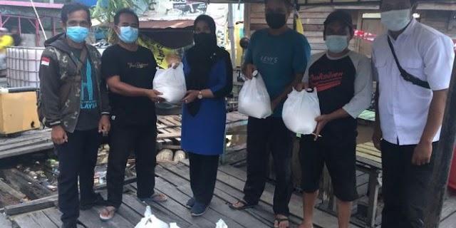 Fraksi Nasdem Salurkan Sembako Bagi Warga Terdampak Banjir
