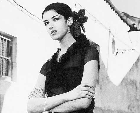 Blanca Romero, blanco y negro