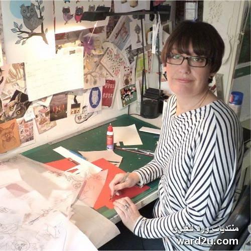حكاية ورقة ومقص فى اعمال الفنانة Helen Musselwhite