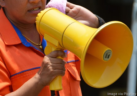 megaphone-selling-customers