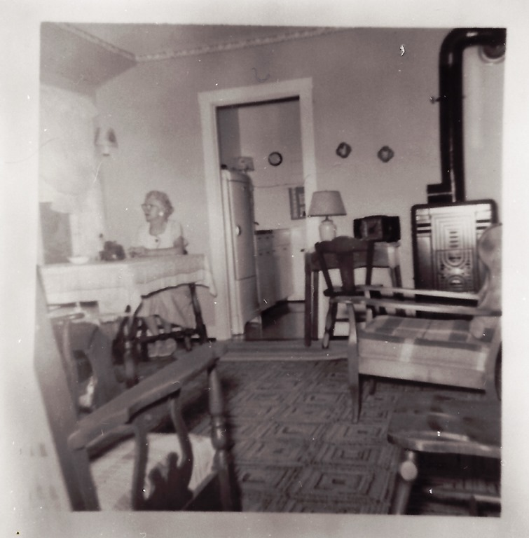 [GOULD_Marie_sitting+at+table+at+LkHuronHouse_PortHuronMI_enh%5B9%5D]