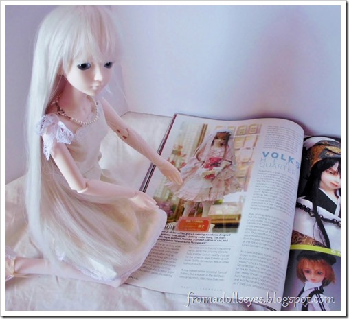 Bjd Lifestyle: Haute Doll Magazine, The Bjd Issue? The doll wants that dress.
