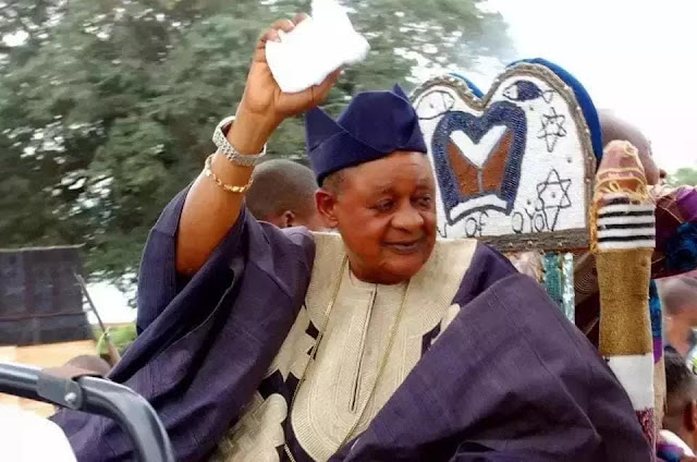 See the 8 Most Powerful Women in Alaafin of Oyo Palace – He Kneels to One of Them (Photos)