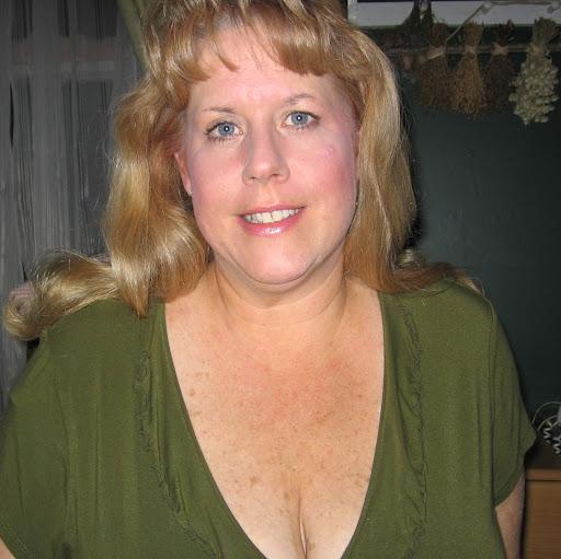 Leslie Campbell