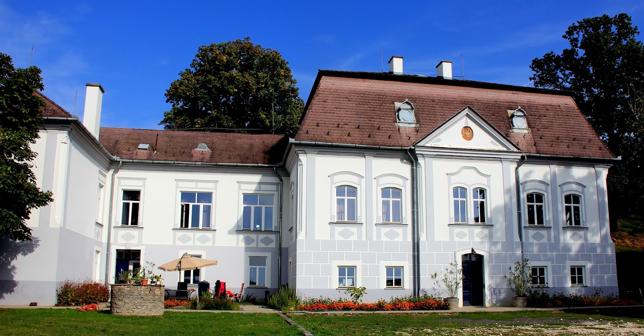 Nyári kastély Legénden