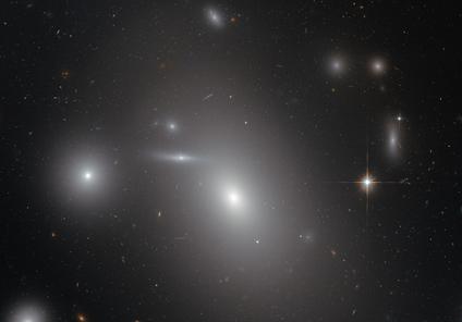 NGC 4889