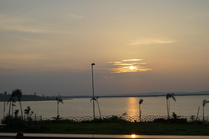 Omkareshwar and Hanmuntiya water resort - DSC06738.JPG