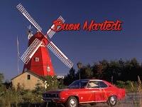 buon martedi immagine con frase aforismo vintage mulino auto rosso.jpg