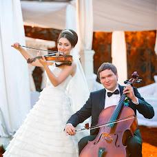 Bryllupsfotograf Evgeniy Mezencev (wedKRD). Foto fra 04.02.2016