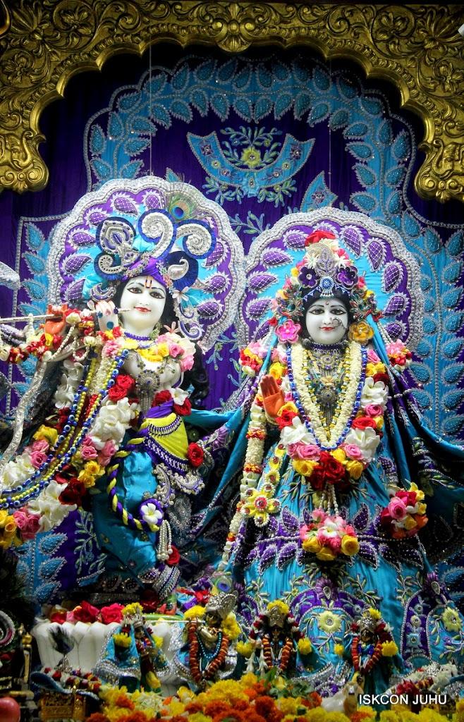 ISKCON Juhu Sringar Deity Darshan on 7th July 2016 (10)