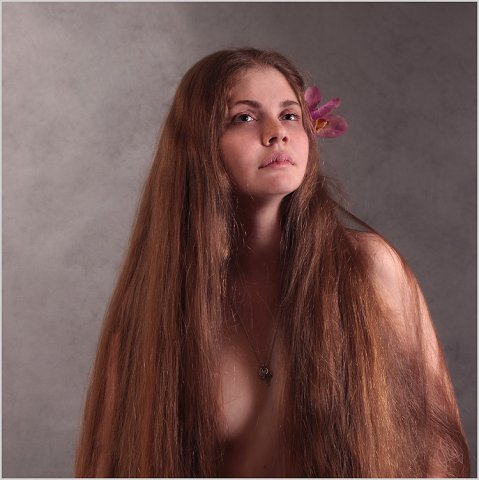 Longs  cheveux belle femme Russe