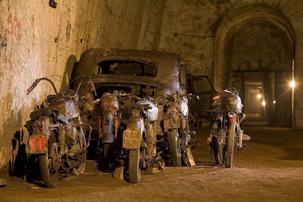 bourbon-tunnel-5