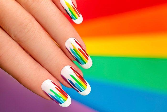 Striped-Nail-Art