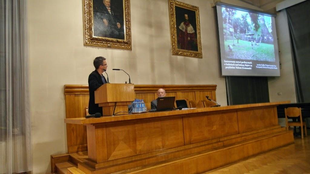 Konferencja Metody geofizyczne w archeologii polskiej (fot. J. Karmowski, K. Kiersnowski) - geof%2B%252851%2529.JPG