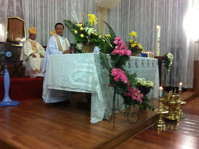Cha Phêrô Trần Huy Hoàng nhận chức Quản Xứ Giáo Xứ Bắc Thành