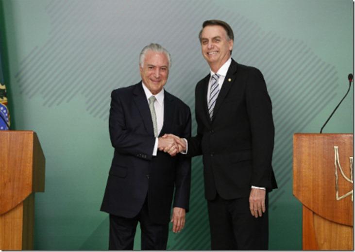 Presidente Temer e Jair Bolsonaro após pronunciamento