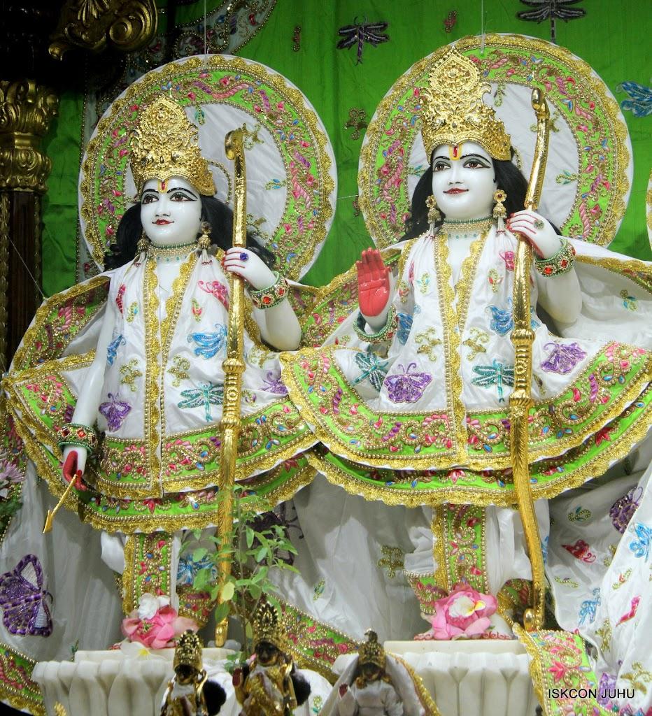 ISKCON Juhu Mangal Deity Darshan on 01st May 2016 (12)