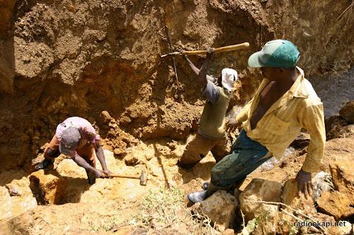 RDC: au moins 32 tués par l'éboulement d'une mine d'or dans l'est