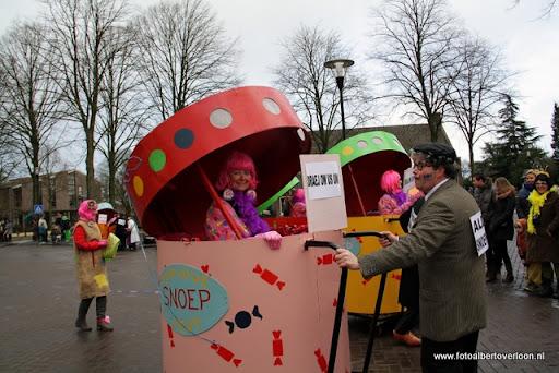 Carnavalsoptocht overloon 19-02-2012 (53).JPG