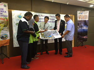 The Handover of Community's Flood Hazard Route Map (CmE)
