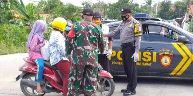 Polres Karawang Polda Jabar Menggelar Sosialisasi 3M Upaya Pencegahan Covid-19 di Teluk Jambe