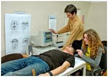 Медицинские физики на практических занятиях в Учебно-научном центре медицинской физики ОНУ