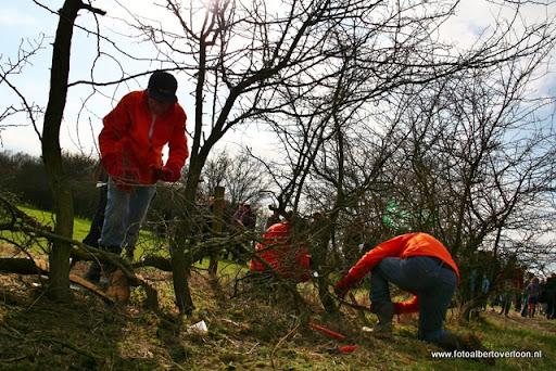 nk Maasheggenvlechten Oeffelt 11-03-2012 (19).JPG