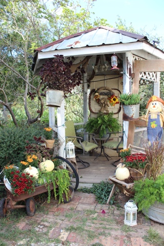 rustic fall garden decor