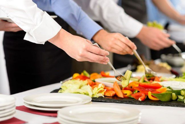 Pointers to Know Before Selecting and Hiring a Catering Proserpine