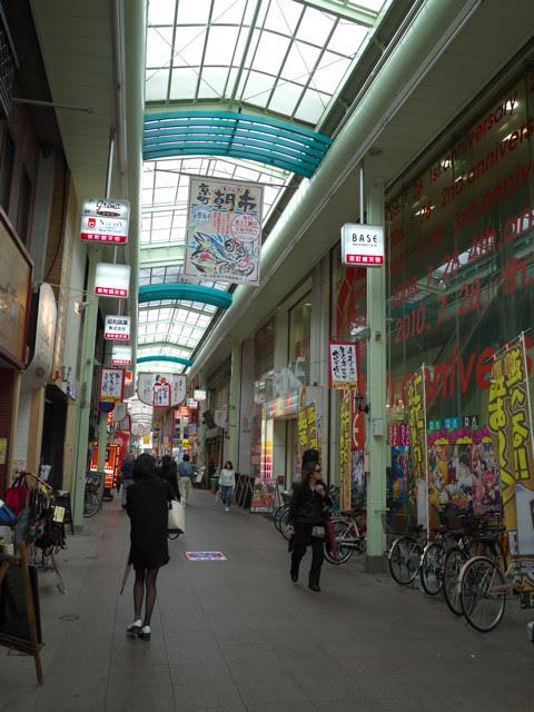 小倉京町銀天街のアーケード街