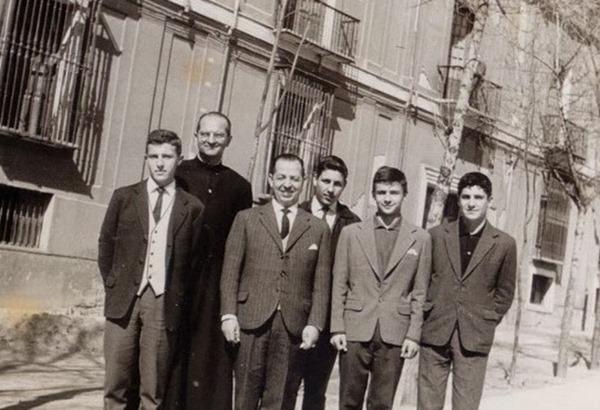 4-Añanos, el pater Jorge Bernes,  Vicente Serrano,  Antonio Cabrera,  Benedi, Jose Furelos_resize