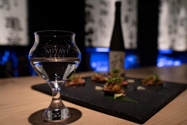 MIYAVI 和京都最古老酒廠聯手推出新品牌「 MIYAVI SAKE 」