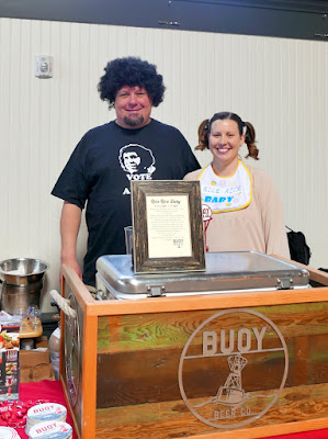 Snackdown 2016 Biwa gave a special nod toward's Buoy's coastal origins by creating Clam Chowder Croquettes / Buoy Beer poured Rice Rice Baby, a wild rice blond ale using wild rice from Minnesota with rye malt to make a nutty blond that is reminiscent of a saison