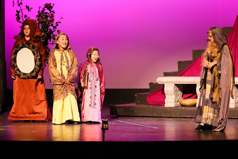 2014Snow White - 38-2014%2BShowstoppers%2BSnow%2BWhite-5890.jpg